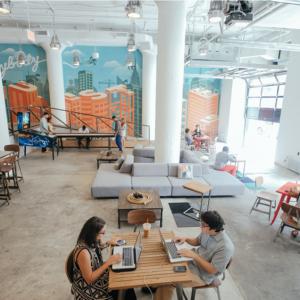 Nội thất trong phòng làm việc quan trọng như nào với công ty khởi nghiệp?