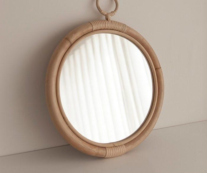 Gương trang điểm xinh xắn cho bạn trang trí phòng ngủ của mình
