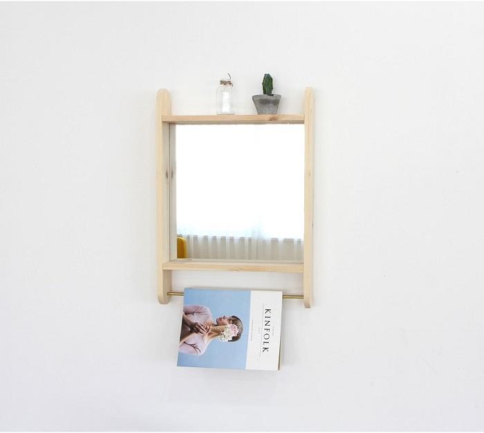 Gương treo đơn giản cho phòng ngủ