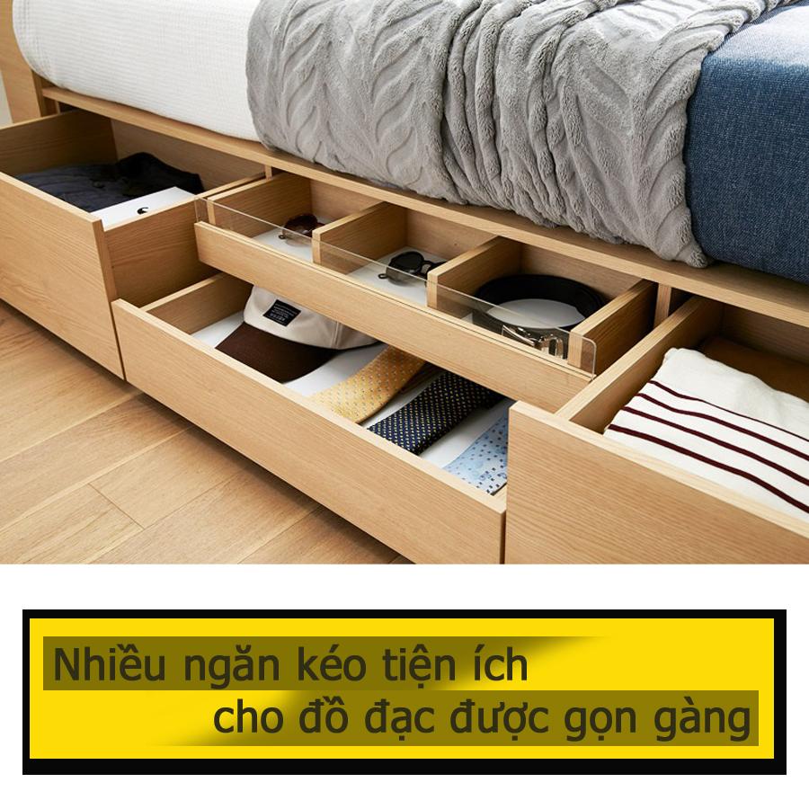 Các ngăn kéo được chia nhỏ với kích cỡ khác nhau cho vật dụng