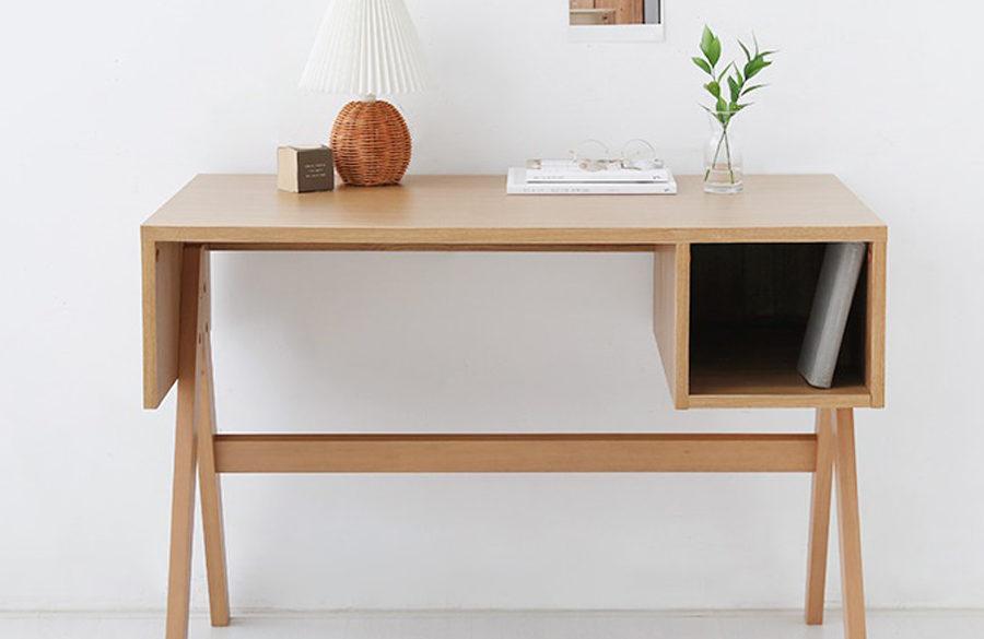 Bàn làm việc gỗ với thiết kế đẹp mắt cho không gian sống hoàn hảo