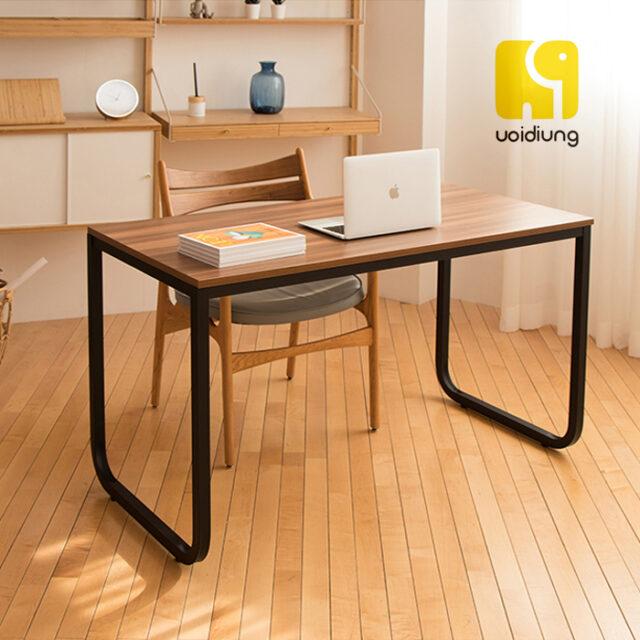 Mẫu bàn đơn giản,tiện nghi, hợp thời thượng.