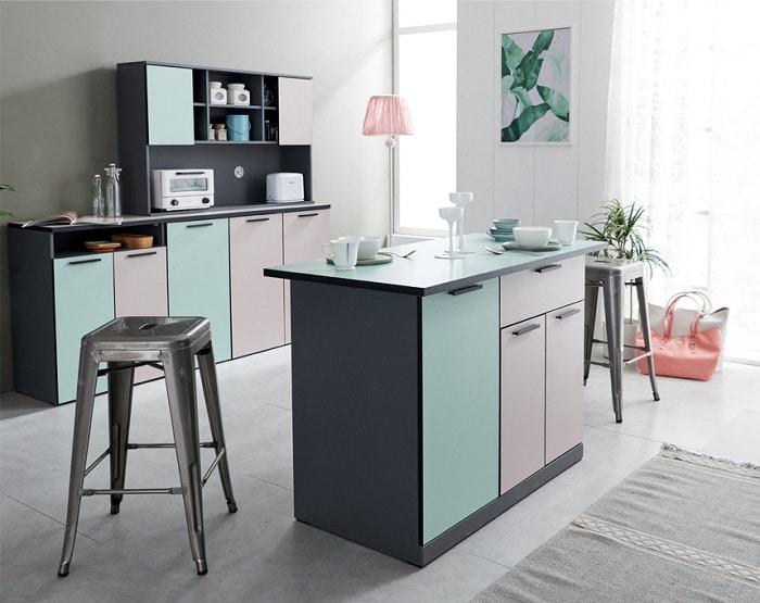 Tủ bếp có thiết mới, hoàn mỹ.